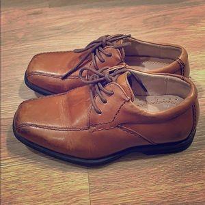 Boys Florsheim dress shoes